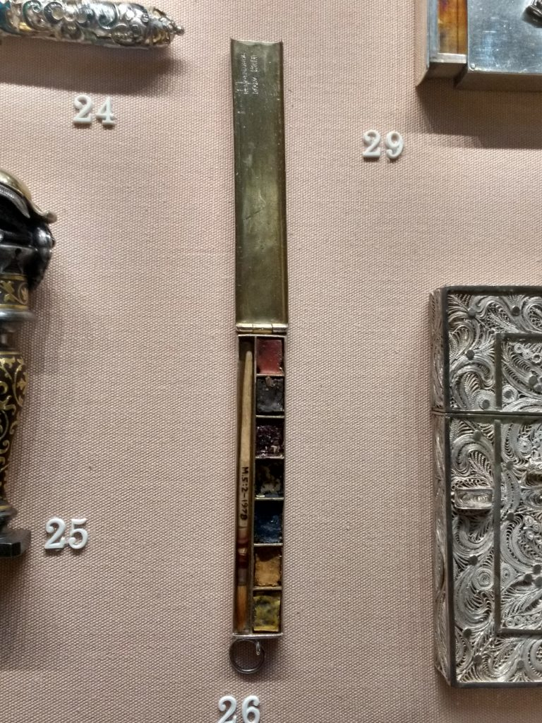 Silver Paintbox in V&A Museum