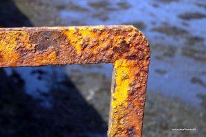 uig pier yellow rust